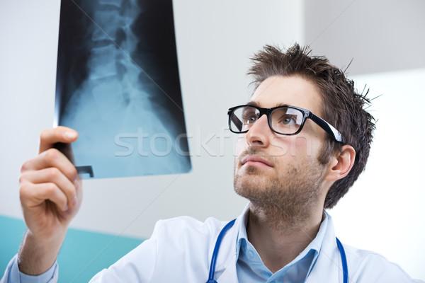 Radyolog sınav profesyonel xray görüntü Stok fotoğraf © stokkete