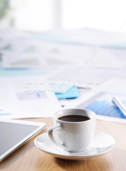 Foto stock: Negocios · oficina · escena · documentos · café · escritorio