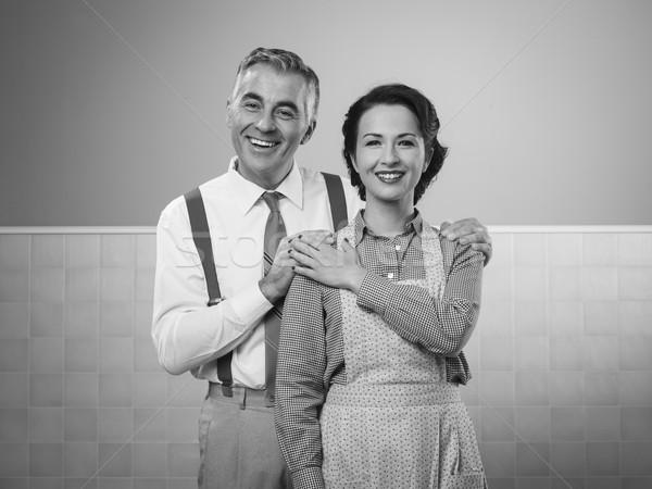 Feliz vintage Pareja casa posando sonriendo Foto stock © stokkete