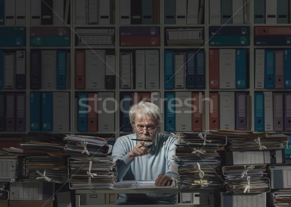 Photo stock: Supérieurs · employé · de · bureau · travaux · séance · paresseux