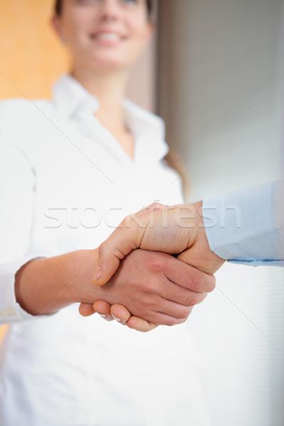 Affaires succès image deux serrer la main Photo stock © stokkete