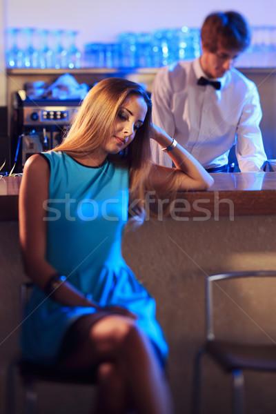 Tédio entediado menina boate espera parceiro Foto stock © stokkete