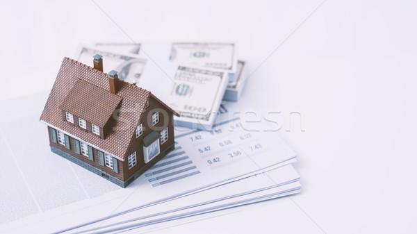 Vásárol új ház modell ház papírmunka pénz Stock fotó © stokkete