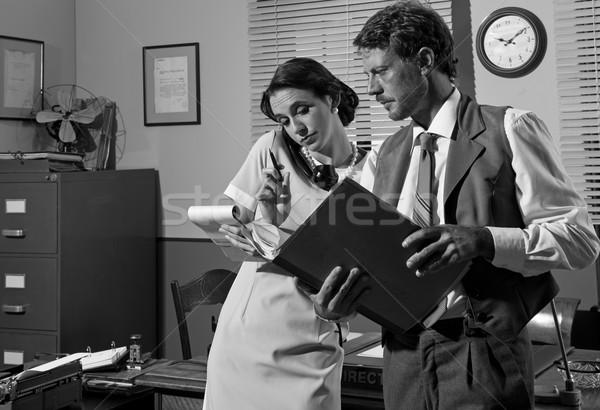Secretario teléfono toma abajo notas jóvenes Foto stock © stokkete