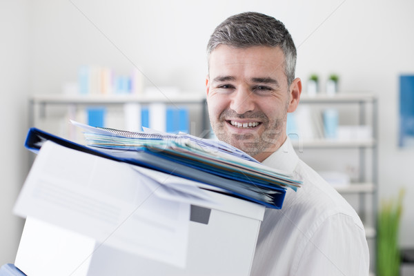 Feliz oficinista cajas empresario papeleo Foto stock © stokkete