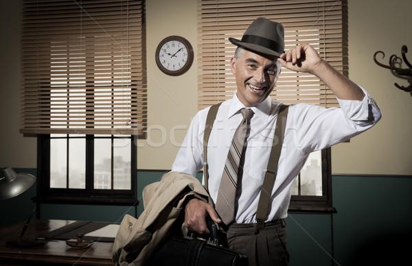 笑みを浮かべて ビジネスマン ホーム オフィス ブリーフケース ストックフォト © stokkete
