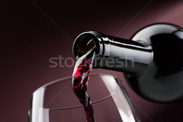 áramló vörösbor borospohár üveg borkóstolás ünneplés Stock fotó © stokkete