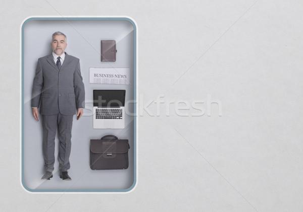 Negocios ejecutivo muneca ver juguete envases Foto stock © stokkete