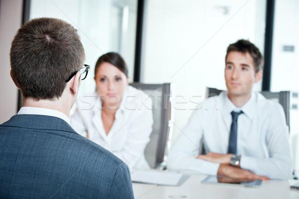 Entretien d'embauche deux gens d'affaires jeune homme Emploi Photo stock © stokkete
