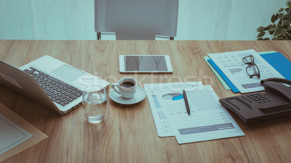 üzlet munkaterület vállalati iroda profi asztali Stock fotó © stokkete