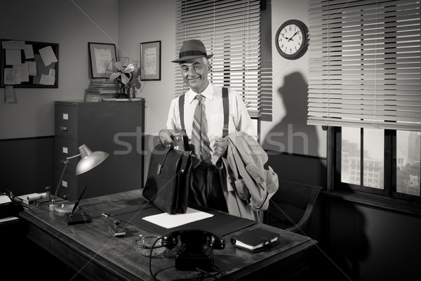 Businessman arriving at workplace Stock photo © stokkete
