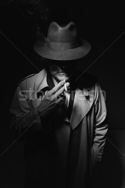 Film charakter palenia papierosów człowiek fedora Zdjęcia stock © stokkete