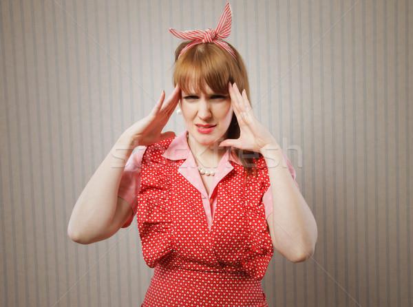 Zdjęcia stock: Głowy · retro · gospodyni · domowa · cierpienie · kobiet · sukienka