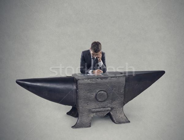 Nyomasztó állás unalmas stresszes üzletemberek egyedül Stock fotó © stokkete