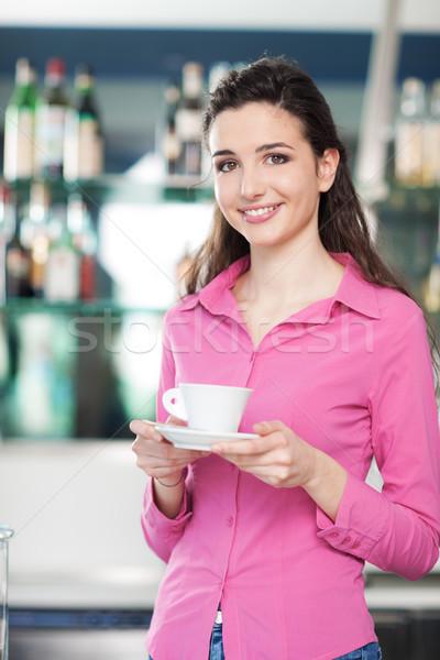 официантка кофейня улыбаясь горячей Сток-фото © stokkete