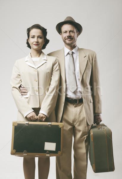 Vintage liefhebbend paar huwelijksreis bagage 1950 Stockfoto © stokkete