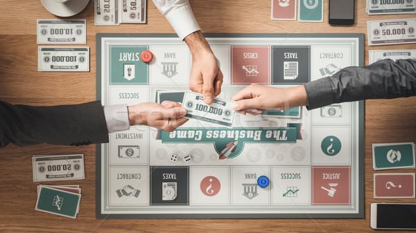 üzlet kihívás társasjáték emberek játszik fa asztal Stock fotó © stokkete