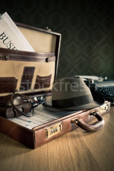 Vintage портфель открытых старые камеры газета Сток-фото © stokkete