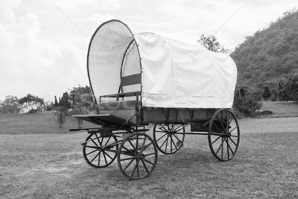 黒 白 カバー ワゴン 写真 古い ストックフォト © stoonn