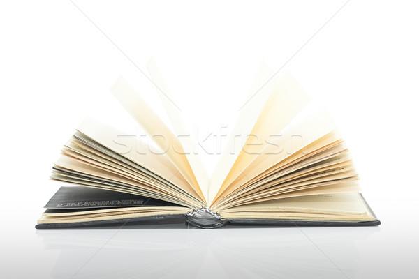 Ouvrir noir livre ombre blanche fond Photo stock © stoonn