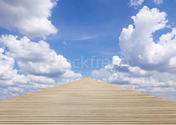 Madeira andar maneira blue sky nublado céu Foto stock © stoonn