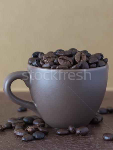 Grãos de café marrom xícara de café beber Foto stock © stoonn