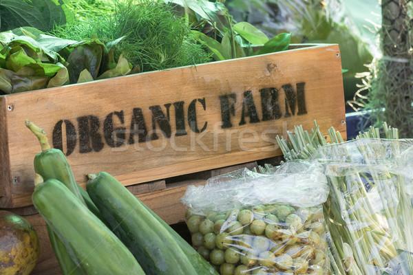 Fresco orgânico produzir caixa fazenda Foto stock © stoonn