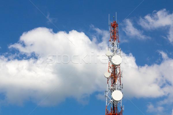 Fernmeldewesen Turm Tag blauer Himmel Telefon Technologie Stock foto © stoonn