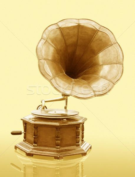 Vintage gramófono disco aislado grunge música Foto stock © stoonn