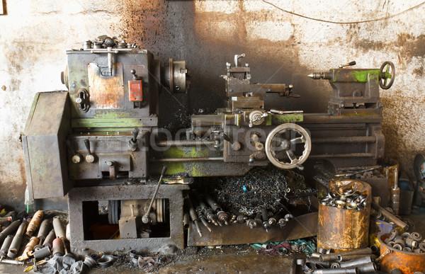 Eski çalışmak teknoloji Metal alışveriş endüstriyel Stok fotoğraf © stoonn