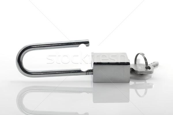 Metálico candado claves blanco bloqueo acero Foto stock © stoonn