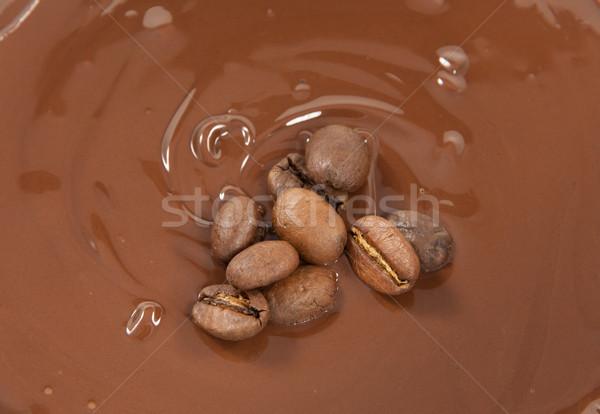 Fèves lit chocolat grains de café alimentaire café Photo stock © Stootsy