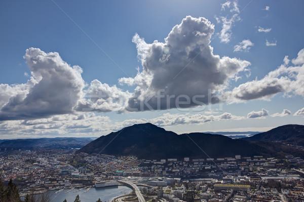Grand ciel vue montagne populaire repère Photo stock © Stootsy