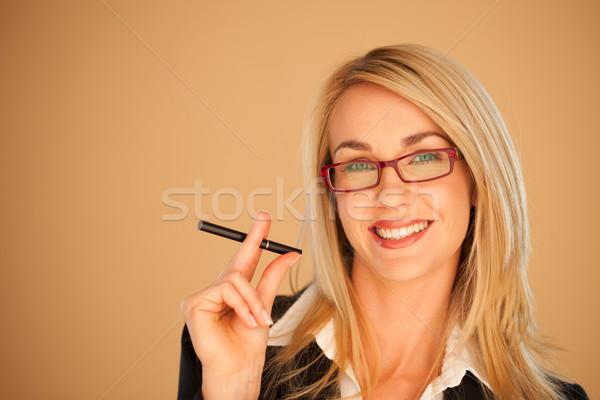 Stok fotoğraf: Işkadını · sigara · içme · güzel · gülümseme