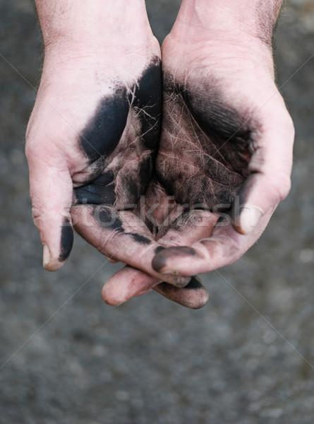 Vazio mãos sujo carvão vegetal trabalho duro pobre Foto stock © stryjek