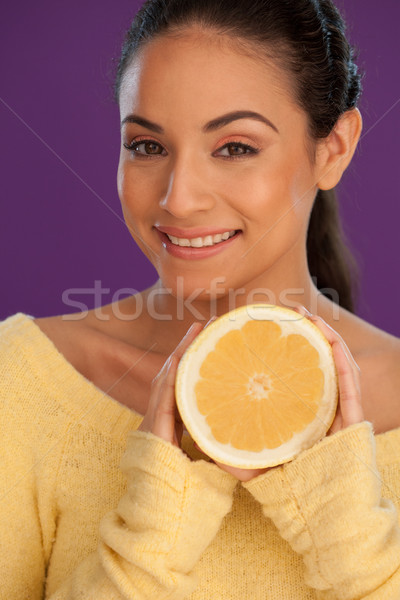 ストックフォト: 笑顔の女性 · カット · オレンジ · 美しい