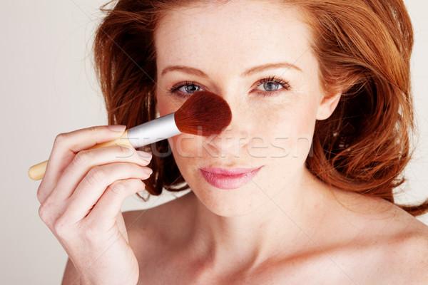 女性 適用 化粧 ブラシ 鼻 ストックフォト © stryjek