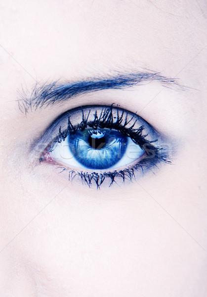 Piękna oka ludzi makro niebieski świetle Zdjęcia stock © stryjek