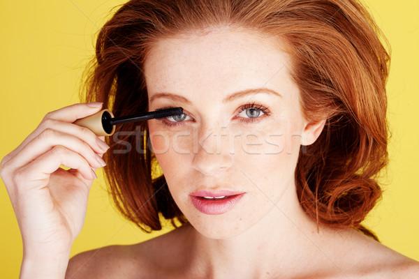 Mooie vrouw mascara schoonheid shot mooie Stockfoto © stryjek