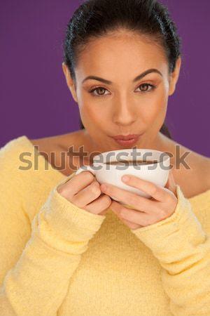Kadın içme fincan kahve çekici genç kadın Stok fotoğraf © stryjek