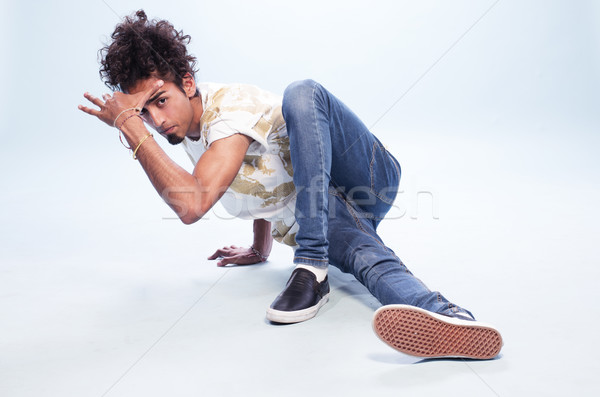 Férfi táncos hip hop póz padló fiatal Stock fotó © stryjek