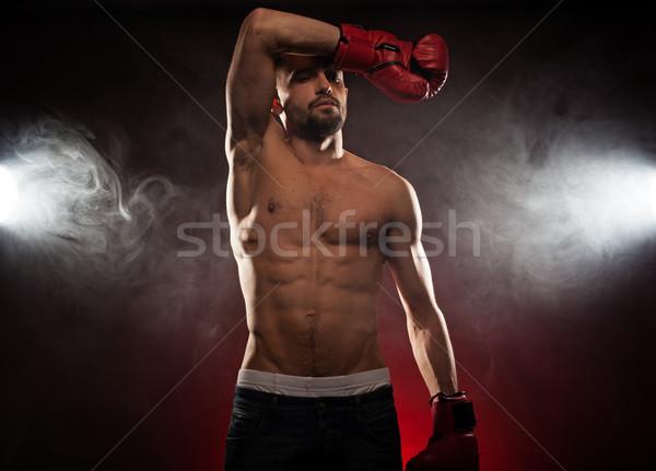 Boxoló hegyorom verekedés sarok izzadság szemek Stock fotó © stryjek