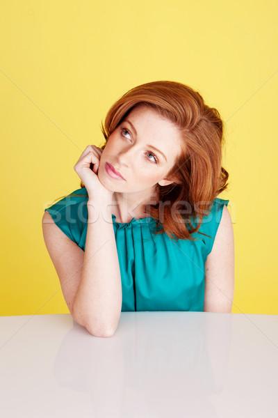 Bella donna pensare tavola Foto d'archivio © stryjek