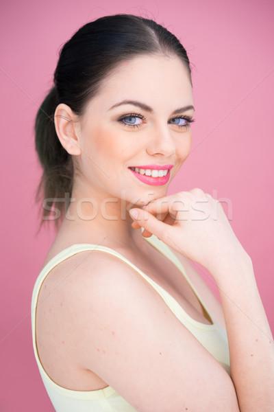 Hermosa sonriendo maquillaje morena Foto stock © stryjek