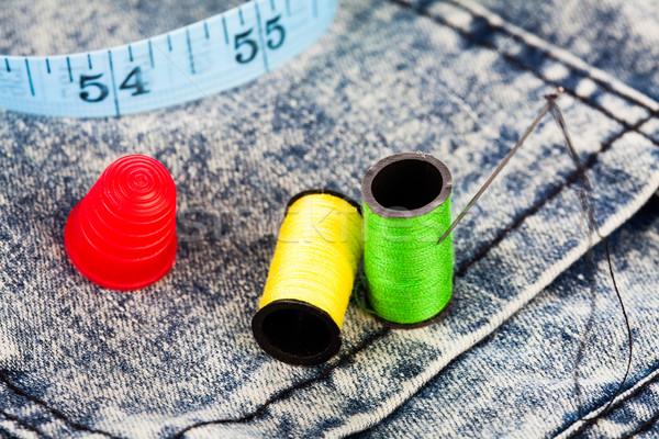 Katoen naald vingerhoed denim jeans naaien Stockfoto © stryjek
