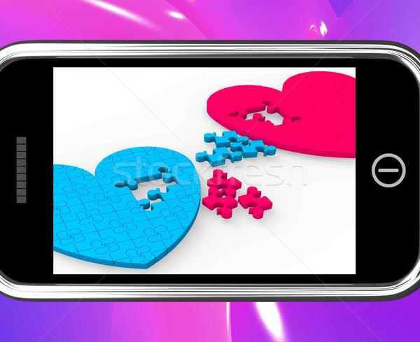 Kettő szívek okostelefon mutat elkötelezettség eljegyzés Stock fotó © stuartmiles
