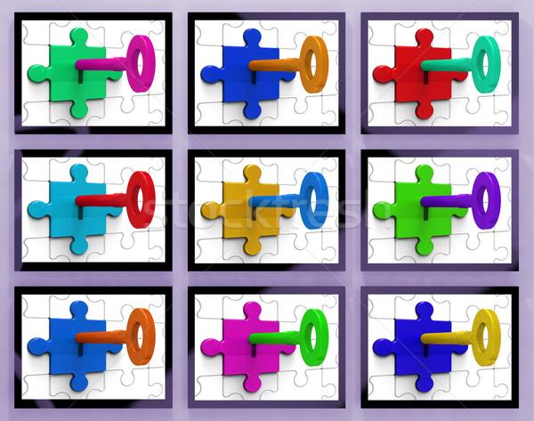 Kulcsok mutat titkolózás rejtett titkok biztonság Stock fotó © stuartmiles