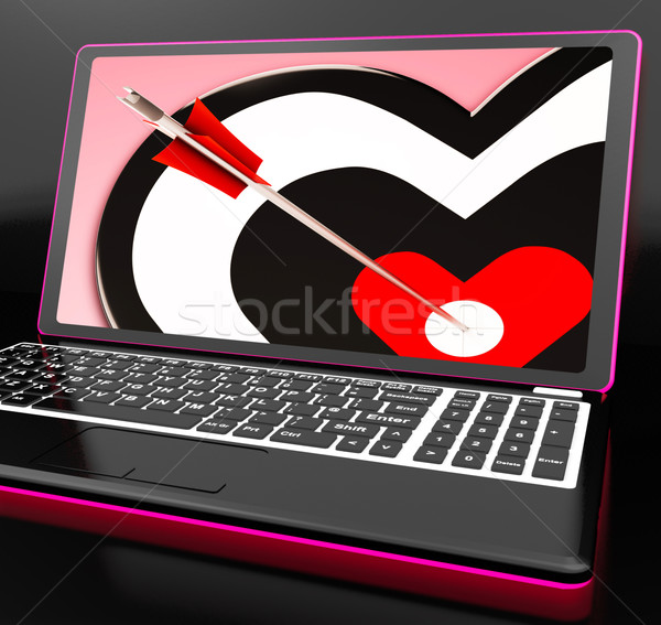 Target hart laptop genegenheid romantische emoties Stockfoto © stuartmiles