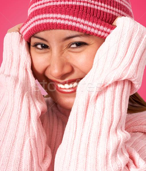 Dziewczyna ciepły hat trykotowy zimą cool Zdjęcia stock © stuartmiles