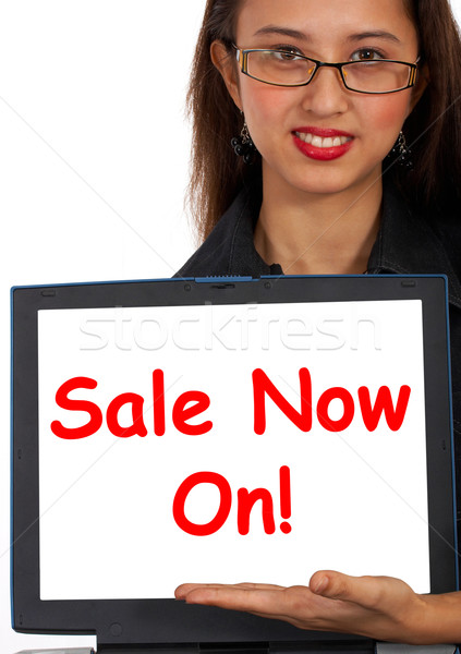 Stok fotoğraf: Satış · şimdi · çevrimiçi · mesaj · Internet